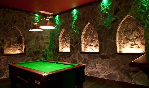 Claddagh Pool Table